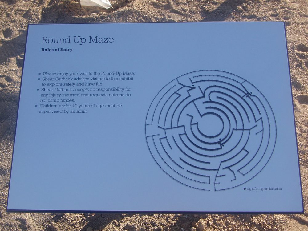 Round Up Maze, Hay, New South Wales, 2005 – explanatory plaque
