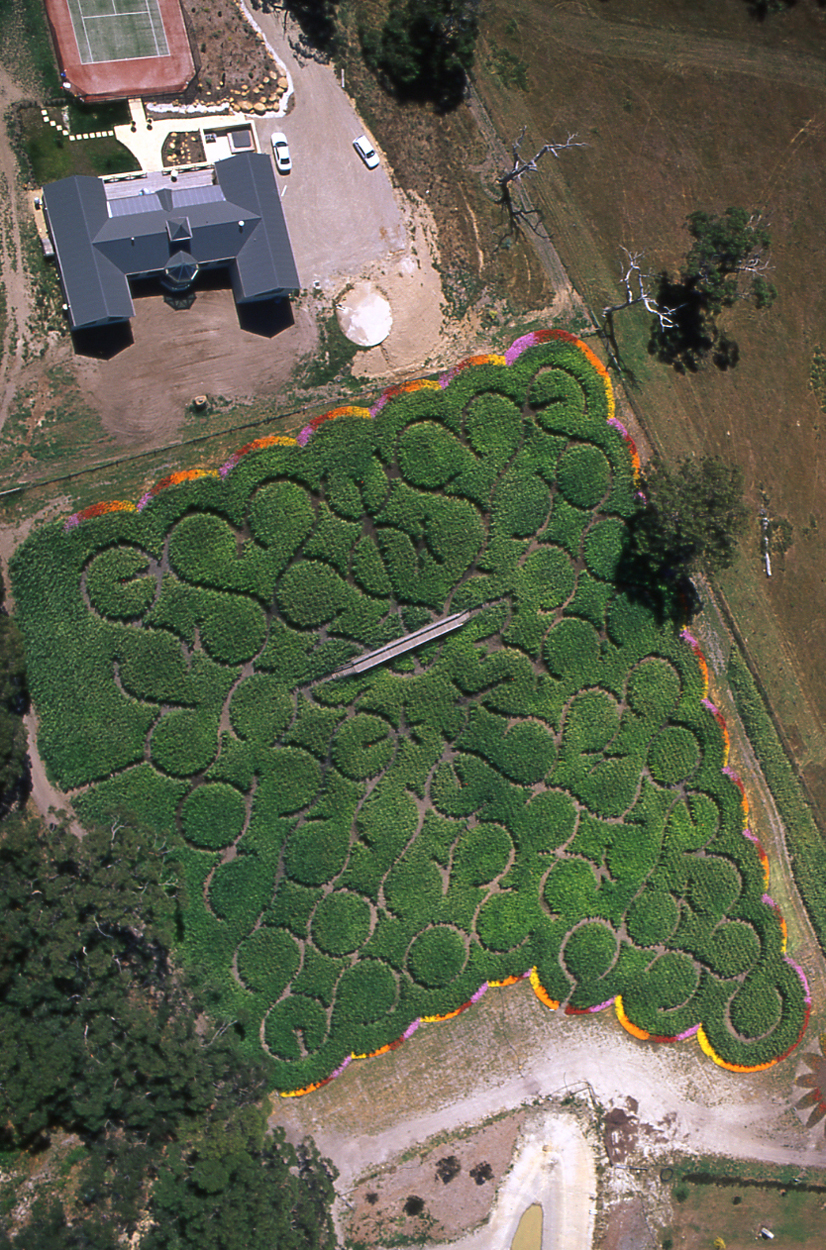 55 Ring Maze, Mornington Peninsula, Victoria, 2000