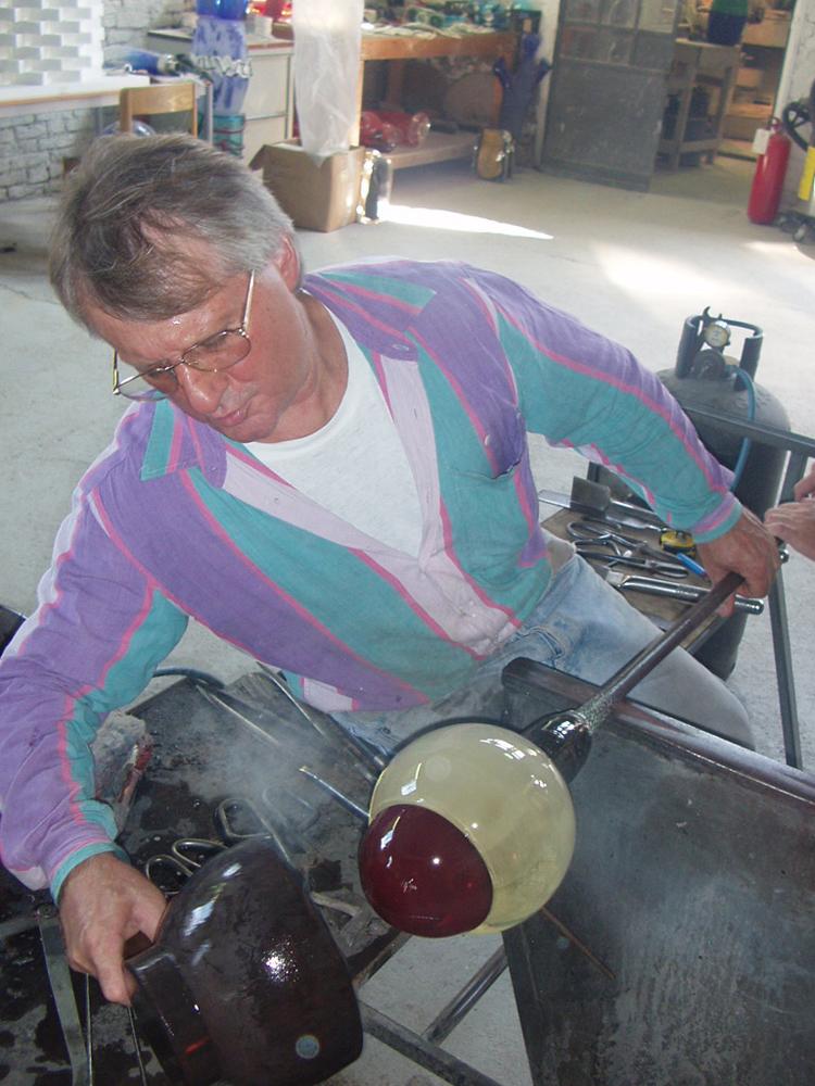 Venetian Tsukimi: work in production with Maestro Danilo at Berengo Glass Studio, Murano, 2007