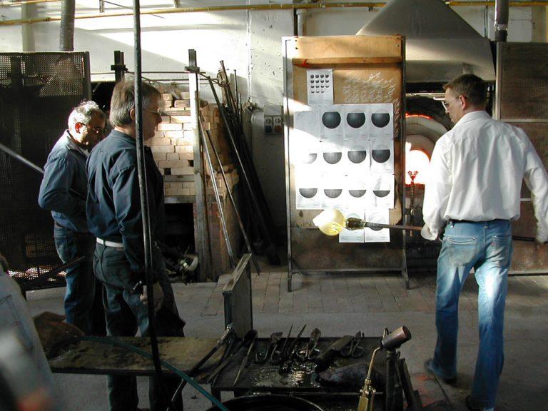 Venetian Tsukimi: work in production at Berengo Glass Studio, Murano, 2007